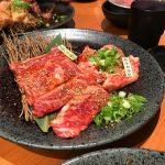 焼肉特急 岸和田店、注文は特急列車で各席に届けられる焼肉店。